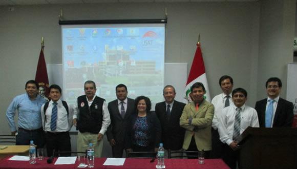 Foto con Comisión Fenómeno del Niño USAT