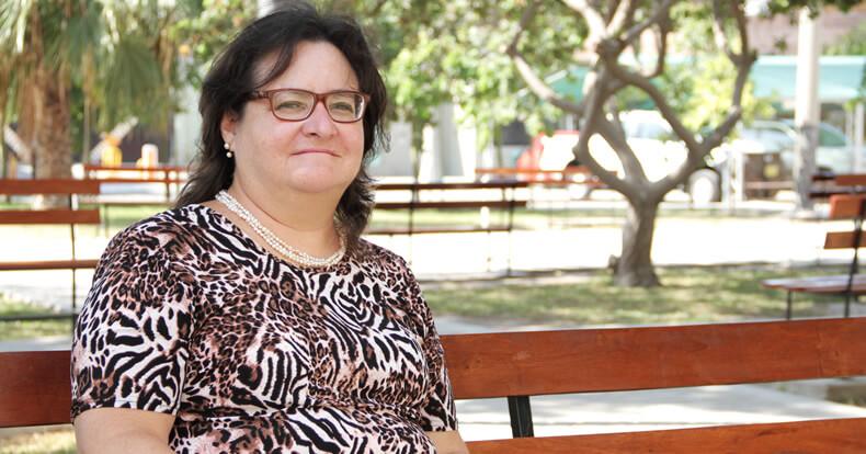 María Elena Escuza