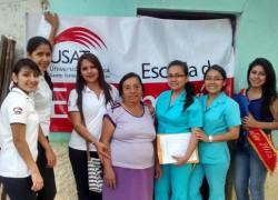 Estudiantes de Enfermería USAT capacitan a familias en Íllimo