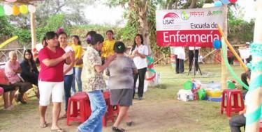 Estudiantes de Enfermería USAT capacitan a artesanas en Pacora