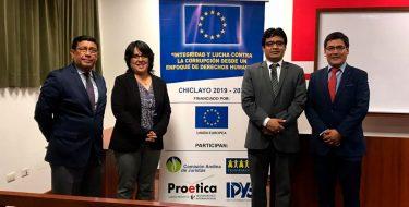 """USAT recibe a la Comisión Andina de Juristas en el Seminario """"Delitos de corrupción cometidos por funcionarios públicos en la región Lambayeque"""""""