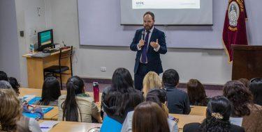 """Posgrado USAT lleva a cabo la charla """"La neuropsicología aplicada a la educación"""""""