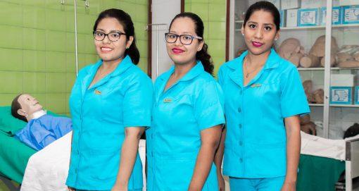 Estudiantes de Enfermería USAT ocupan primeros puestos en el Examen de Internado GERESA 2019 – I
