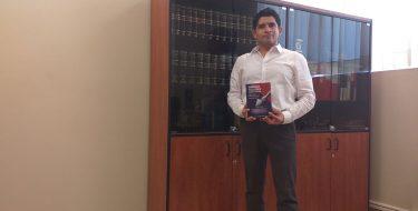 Docente de la Facultad de Derecho USAT presenta publicación