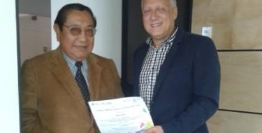 Profesor USAT participa en evento de la UNESCO