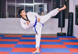 Estudiante USAT ocupa primer puesto en II Campeonato Nacional Universitario Online de Taekwondo