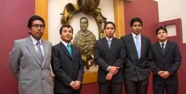 Estudiantes de Mecánica Eléctrica USAT en Hidrandina