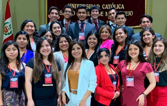 Estudiantes de Administración de Empresas implementan Centro de Cómputo en Asociación Ángel Mary Valero