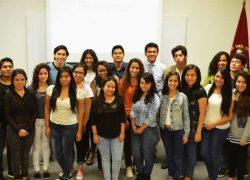 USAT presenta equipo de Observatorio de medios