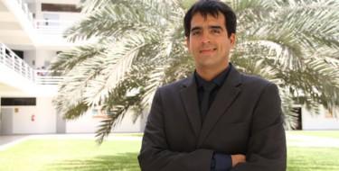 Profesor USAT presenta conferencia magistral en inteligencia artificial