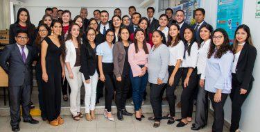 Estudiantes de Ingeniería Industrial USAT elaboran Proyectos De Energía Solar Fotovoltaica
