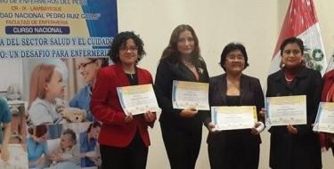 Investigaciones de Maestría en Enfermería USAT obtienen primeros puestos en Concurso Departamental