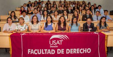 Estudiantes de la Facultad de Derecho realizan prácticas en el Consultorio Jurídico USAT