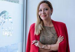 Docente de la Escuela de Educación USAT  evaluadora del SINAES – Costa Rica