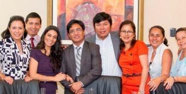 Elenco de Teatro USAT celebra Primer Aniversario