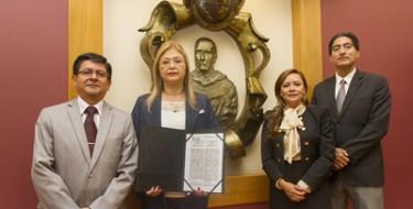 USAT firma convenio con importante universidad del Brasil