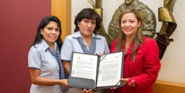 USAT firma convenio con centro educativo parroquial