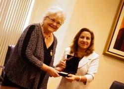 Doctora en Enfermería de Fama Mundial es Nombrada Visitante Ilustre