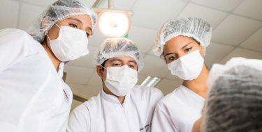 SINEACE acredita Escuela de Odontología USAT