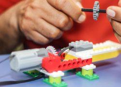 Docentes de toda la región aprenden robótica en la USAT