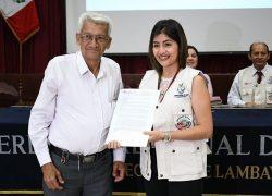Residente de la Escuela de Odontología USAT recibe reconocimiento del Gobierno Regional de Lambayeque