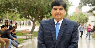 Docente de Contabilidad USAT expone en Congreso Iberoamericano PUCP