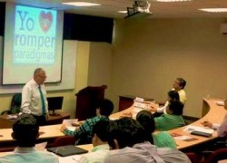USAT forma directivos en técnicas de Coaching Empresarial