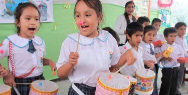 USAT inicia campaña para el uso del material reciclado