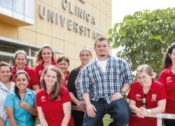 USAT recibe delegación de Washington que realizará pasantía de enfermería comunitaria en Íllimo