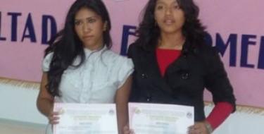 Estudiantes de enfermería obtienen Primer y Segundo lugar en concurso de investigación