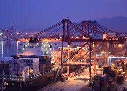 La política arancelaria de EEUU y una posible guerra comercial