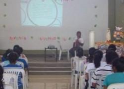 Profesor USAT Dictó Conferencia en X Encuentro Diocesano Pastoral Juvenil