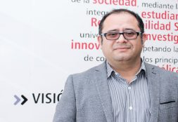Docente USAT en la III Bienal Iberoamericana de Arquitectura de Cuenca