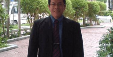 Profesor USAT brinda conferencia en Colombia