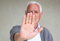 (In)Visibilidad del maltrato en el adulto mayor