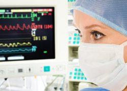 Acoger y defender la vida, misión de la Enfermería