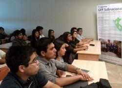 Cooperación Suiza dicta taller a estudiantes de economía USAT