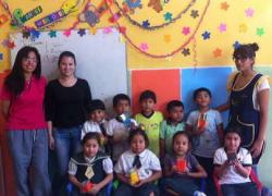Estudiantes de Educación USAT brindan talleres de reciclaje